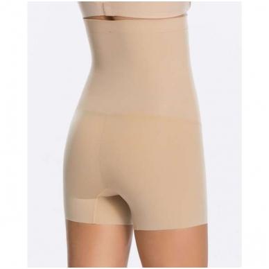 SPANX Shape my day корректирующие шорты с завышенной талией 2
